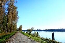 Kanaka Creek Riverfront Trail