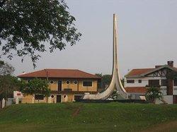Monumento a Biblia