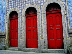 Frontaria Azulejada House