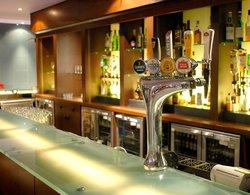 Aqua Bar & Lounge