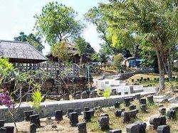 Sunan Drajad Graveyard