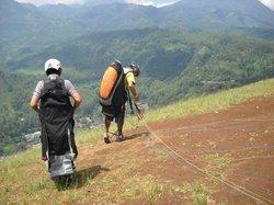 Ayokitakemon! Paragliding Tandem & Course