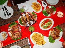 Min Thu - Traditional Seafood Restaurant