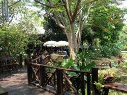Khao Samsi Rerestaurant