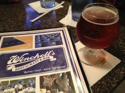 Winchell's Restaurant & Sports