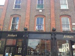 Arthur's Pub