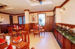 Sun n Snow Inn by Leisure Hotels