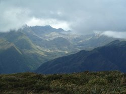 Cajanuma: View from the crest line towards Laguna del Compadre