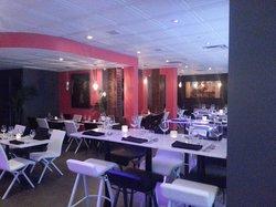 Via Resto Lounge
