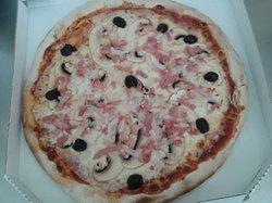 La mie d'Argeles - des pizzas traditionnelles genereusement garnies