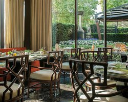Amaranto Restaurant - Four Seasons Hotel London at Park Lane