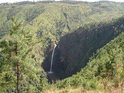 Leshka Falls