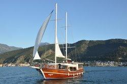 Kardesler Sailing Boat