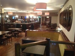 O' Hallorans Bar & Bistro