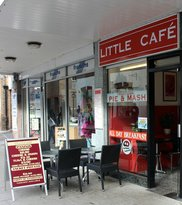 the little cafe and coffee shop