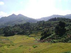 Dongshi Mountain