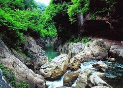 Rizhao Longmengu Scenic Resort