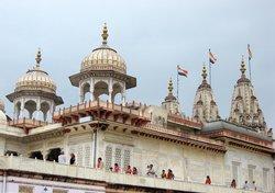 Shri Mahaveerji Temple