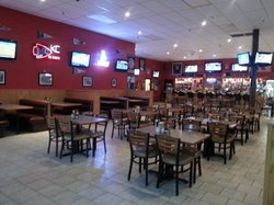 Wally's Sports Bar & Grill