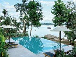 Riverside Golden Hotel