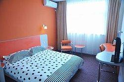 Motel 168 Yizheng Jiefang Road