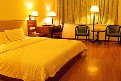 Lindu Hotel