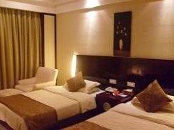 Jude Hotel