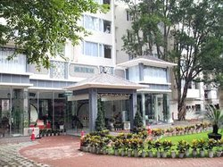 Jiutian Holiday Hotel
