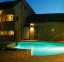 Estancia Inn Hotel