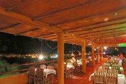Atti Hotel & Restaurant