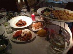 Bruschette trio, ribs and frittura di pesce porto fino