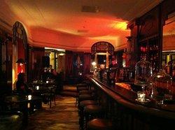 Atelier Bar