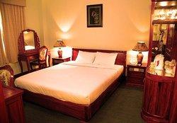 Khách sạn Quang Minh