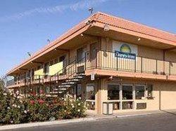Hotel Nanda - Shelly