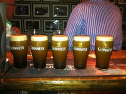Hickey's Irish Pub
