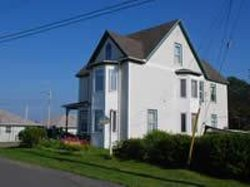 Lady Louisbourg Bed & Breakfast