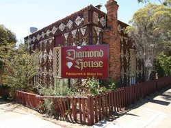 Diamond House Heritage Restaurant and Motor Inn