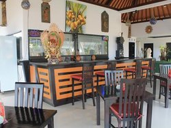 Kelapa Lovina Beach Villas and Restaurant