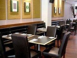 185 Bar & Restaurant
