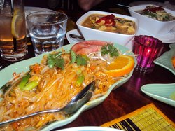 Grovely Thai