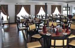 Mina Thong Vietnamese Restaurant