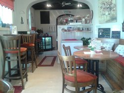 Circles Cafe