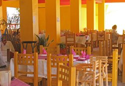 El Chivero Restaurant & Bar