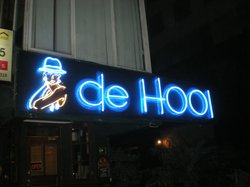 DE HOOI
