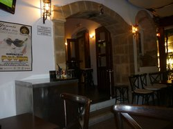 Yannis Bar