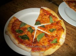 fresh pizza , not frozen at spaccanapoli di ubud...