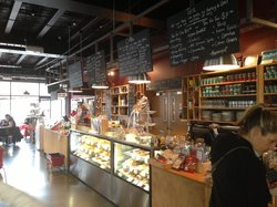 The Somerset Grocer Cafe and Bar