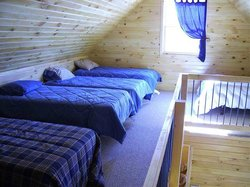 45th Parallel Cabins