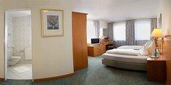 Hotel Alter Wirt Hallbergmoos