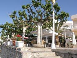 Haraki Bay Hotel